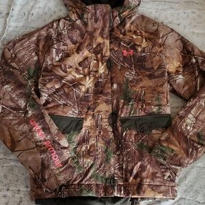 Under Armour storm jacket/realtree